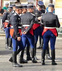 """bootsservice 19 2120981 (bootsservice) Tags: armée army militaire militaires military uniforme uniformes uniform uniforms bottes boots """"riding boots"""" weston moto motos motorcycle motorcycles motard motards biker motorbike """"gendarmerie nationale"""" gendarme gendarmes """"garde républicaine"""" parade défilé """"14 juillet"""" """"bastilleday"""" """"champselysées"""" paris"""