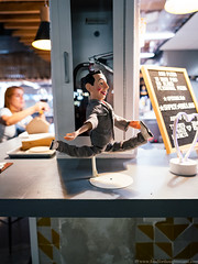 Pee-Wee likes pizza (frodnesor) Tags: thecitadel miami littlehaiti foodhall