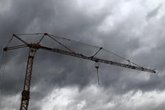 50 nuances de grue ! (Tonton Gilles) Tags: graphisme ciel nuages gris nuances grue