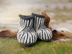 Baby booties (cats_in_blue) Tags: babybooties booties babystøvler strik knitting