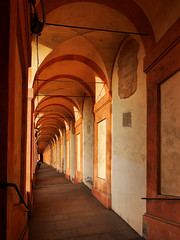Portico di San Luca (█ Slices of Light █▀ ▀ ▀) Tags: almost sunset arcade walkway passage covered porticato portico san luca sanctuary madonna virgin mary shrine red christian catholic urban pilgrims bologna 博洛尼亚 波隆那 emilia romagna italian italia 意大利 italy panasonic lumix gm5