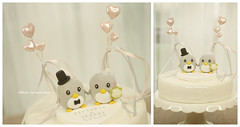 Handmade penguins bride and groom with sweet heart balloons wedding cake topper, cute animals wedding cake decoration ideas #handm (charles fukuyama) Tags: decaketopper custommade weddingideas weddingdetails weddingdecor ceremony claydoll sculpted inspiration rustic couplecaketopper marriage justmarried bigday weddingthings mariage boda hochzeit 結婚式 nozze homedecor bridalbouquet bridalveil weddingcakedisplay penguin