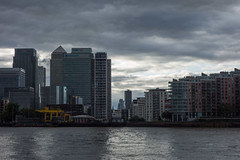 272/365 - Stormy skies (Spannarama) Tags: 365 september stormy clouds darkclouds canarywharf docklands buildings skyline architecture river thames sunlight thamespath northgreenwich london uk