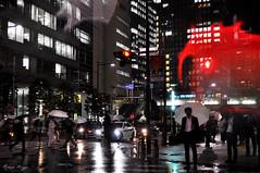 Waiting (DameBoudicca) Tags: tokyo tokio 東京 japan nippon nihon 日本 japón japon giappone natt night nacht nuit notte noche 夜 hamamatsuchō hamamatsucho 浜松町 shiba 芝 shibadaimon 芝大門 rain regen regn pioggia pluie lluvia 雨