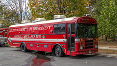 Medical Ambulance Bus 100, Arlington County Fire Dept. (NoVa Truck & Transport Photos) Tags: mab 100 medical ambulance bus arlington county fire department acfd 2007 thomas saftliner ef sartin station 2 ballston