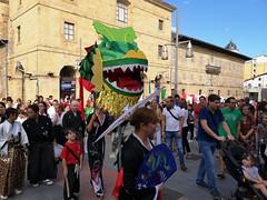 Durangoko jaiak (eitb.eus) Tags: eitbcom 1548 g1 fiestasfestivales bizkaia durango nereaayarzaguenaaguirre