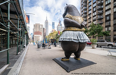 Flatiron Hippo (20191013-DSC05815) (Michael.Lee.Pics.NYC) Tags: newyork hippoballerina bjornokholmsaarup sculpture publicart esb empirestatebuilding architecture cityscape flatirondistrict sony a7rm4 laowa12mmf28 magicshiftconverter