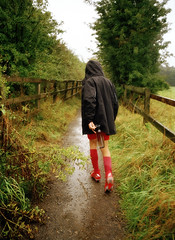 THE WET PATH TO FOOTBALL TRAINING (Tyrone Fleming) Tags: colourfilm filmphotography filmportrait gwtphotography ricohgr1 agfaphoto200vistaplus footballtraining wetweather path raining myson tyronefleming ilovefilm ishootfilm outdoor ossettfalcons ossetttownfootballclub gr1 ricoh
