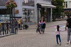 Happy people (ost_jean) Tags: streetphotography mechelen nikon d5300 tamron sp 90mm f28 di vc ostjean