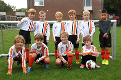 "HBC Voetbal | Mini's 2 • <a style=""font-size:0.8em;"" href=""http://www.flickr.com/photos/151401055@N04/48892651718/"" target=""_blank"">View on Flickr</a>"