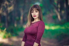 Evagelia (Vagelis Pikoulas) Tags: portrait woman women girl girls bokeh canon 6d sigma art 85mm f14 forest day greece daylight natural beautiful beauty photography photoshoot autumn october 2019 woods