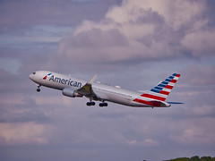 N388AA American Airlines Boeing 767-300(ER)(WL) (alex kerr photography) Tags: