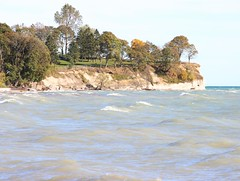 Bonnie Brae Point (Janet Tubb) Tags: bonniebraepoint lakeontario nature scenery water skedrcanon skedrnature oshawa ontario canada tamron35150