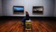 (Antiteilchen) Tags: mensch person gold blue brown braun blau bank woman frau cdf painting bilder kunst art caspardavidfriedrich altenationalgalerie museum germany deutschland berlin