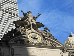 2019 Clock and Statues of Mercury / Hermes 5489 (Brechtbug) Tags: above railroad clock train mercury central entrance statues grand terminal hermes 2019 street new york city nyc station stone nude nudes classical around clocks 42nd 2pm 10132019 sculpture tower art public statue medical gargoyle staff gargoyles mythology sculptures myth myths mythological roof bird hat birds wings snake helmet wing winged snakes entwined