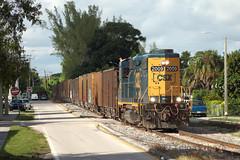Coral Way (TolgaEastCoast) Tags: csx train o721 miami florida homestead sub switcher gp383 coral way street running