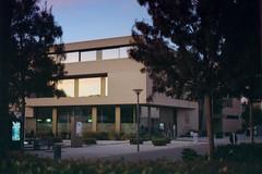 Building (Germán Talavera) Tags: nikonfm2 luxembourg moody 35mm film analogue kodak gold