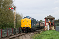 55019 - Orton Mere - 13.10.2019 2 (Tom Watson 70013) Tags: nvr nene valley railway diesel gala trains class55 55019 royal highland fusilier orton mere station crossing