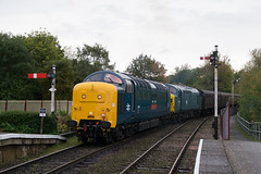 55019 & 37109 - Orton Mere - 13.10.2019 (Tom Watson 70013) Tags: nvr nene valley railway diesel gala trains class55 55019 royal highland fusilier orton mere station class37 37109