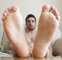13 (kinkhumiliation) Tags: barefeet soles toes malefeet nude naked cheesy feet solo male