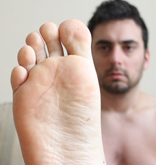 9 (kinkhumiliation) Tags: barefeet soles toes malefeet nude naked cheesy feet male solo barefoot foot sole toejam