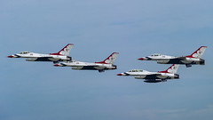 United States Air Force Thunderbirds (MIDEXJET (Thank you for over 2 million views!)) Tags: milwaukee milwaukeewisconsin generalmitchellinternationalairport milwaukeemitchellinternationalairport kmke mke gmia flymke mkehome mkeplanespotter wisconsinplanespotter avgeek avphotography aviation av aviationgeek aviationlife aviationphoto aviationphotos aviationpic aviationpics aviationpictures planespotter planespottermke