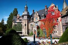 Schloss Rauischholzhausen (.rog3r1) Tags: schloss rauischholzhausen leicasl varioelmaritsl2824–90asph hessen germany deutschland autumn herbst
