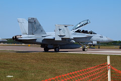 170409_027_SnF_SuperHornet (AgentADQ) Tags: us navy fa18f super hornet jet fighter plane airplane military aviation sun n fun lakeland florida flyin expo air show airshow 2017