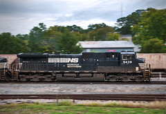 NS 177 at Dalton, GA (KD Rail Photography) Tags: ns norfolksouthern d944cw diesel diesellocomotive onelineinfinitepossibilities ge generalelectric georgia smalltownusa smalltown dalton dash9 freighttrains fallcolors fallseason overcastmorning overcast