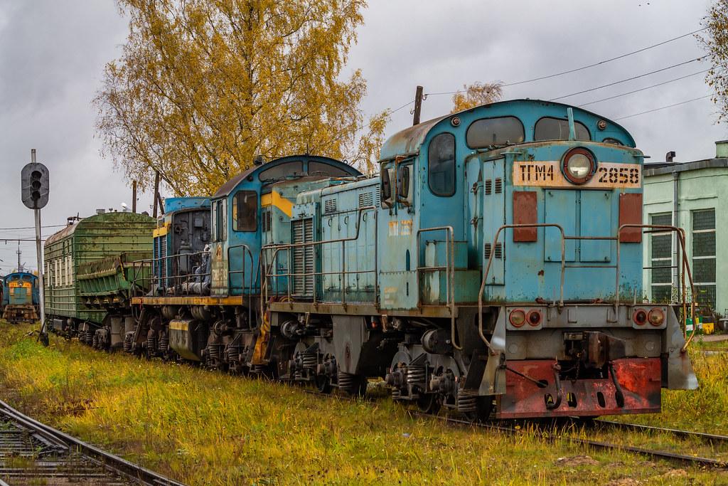 фото: ТГМ4-2858, станция Невдубстрой