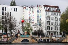 Berlín_0854 (Joanbrebo) Tags: friedrichshain spree berlin de deutschland canoneos80d eosd autofocus streetart pintadas murales murals grafitis