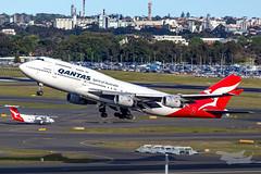 VH-OJU QF B747 34L YSSY-8242 (A u s s i e P o m m) Tags: sydney newsouthwales australia qantas qf boeing b747 syd yssy vhoju sydneyairport
