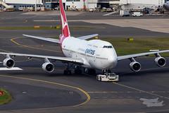 VH-OJU QF B747 34L YSSY-7952 (A u s s i e P o m m) Tags: sydney newsouthwales australia qantas qf boeing b747 syd yssy vhoju sydneyairport
