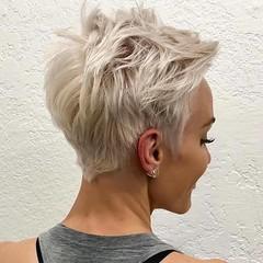 20+ Court Sassy Coupes de Cheveux Chic pour Afficher (votrecoiffure) Tags: 2019 cheveux coiffure votrecoiffure