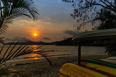 Praia de Jabaquara - Paraty - RJ (mariohowat) Tags: praiadejabaquara jabaquara paraty riodejaneiro natureza nascerdosol sunrise canonrp