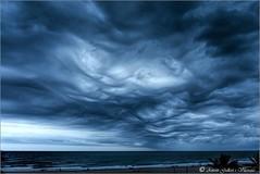 Apocalyptic storm. (Segur Calafell - Catalunya). (Antoni G.V.) Tags: antonigallart clouds nubes núvols cel cielo sky tormenta tempesta storm gotafreda gotafria colddrop segurcalafell tarra catalunya cataluña catalonia nikond800 celdramàtic cielodramático dramaticsky blau azul blue mar sea playa platja beach