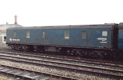 V 94000 250385 (stevenjeremy25) Tags: mk1 parcel van railway coach carriage train nlx w94000 94000 newspaper