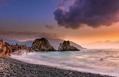 海之聲(DSC_3313) (nans0410(busy)) Tags: sky cloud beach sunrise taiwan wave 台灣 yilan eastcoast nanao suao 南澳 蘇澳 宜蘭縣 晨曦 東海岸 粉鳥林漁港 東澳