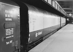 V E96297E E96290E 180483 (stevenjeremy25) Tags: railway coach carriage train motorail 96290 96297 e92690e e96297e newton chambers car transporter