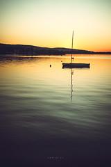 (zedspics) Tags: zedspics keszthely balaton magyarország hungary hongarije sailing boat sunrise 1909 reflection