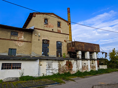 IMG_20191013_104500 (Piotr Tichy) Tags: abandoned brickyard desolate forsaken derelict forlorn stranded palace mansion distillery mill brewery