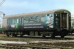 C 9537 2 170415 (stevenjeremy25) Tags: mk2 coach carriage railway train bso 9537 cruise saver
