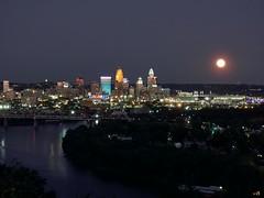 Cincy moon (haglundc) Tags: nikon p1000 moon cincinnati huntermoon mtecho