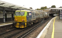 DR98925 & DR98975 Chatham (localet63) Tags: networkrail windhoff mpv dr98925 dr98975 3s76 chatham railcleaningtrain
