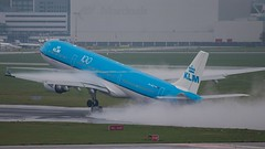 KLMAirbus A330 (ianclarke82) Tags: phakd klm schiphol ams amsterdam airport aircraft aviationphotography avgeek airliners canonphotography canonaviation flickraviation flying takeoff airbus airbusa330 a330 planespotters planespotting