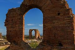 Appia Antica (Michele Monteleone) Tags: michelemonteleone45 2019 roma canon 5dmarkiii cielo muro prato ruins rovine archeologia vestigia ruines arco