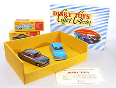 DIF-A-SET-South-Africa (adrianz toyz) Tags: adrianztoyz toy model car dinky toys france french atlas reissue editions copy diecast south africa set souvenirdafriquedusud 553 554 peugeot 404 opel rekord