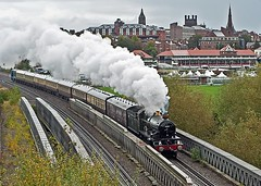 steam and the spires (midcheshireman) Tags: steam train locomotive castle 7029 70xx cluncastle mainline cheshire chester