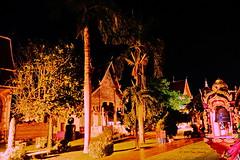 Wat Phra That Hariphunchai (ol'pete) Tags: พุทธกาลนิชน buddhist ลำพูน lamphun ประเทศไทย thailand เมืองไทย วัดพระธาตุหริภุญชัย watphratatharriphunchai