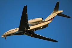 N978QS Cessna 750 Citation X at KCLE (GeorgeM757) Tags: n987qs citationx citation750 cessna bizjet corporate businessjet kcle georgem757 landing canon70d netjets